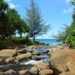 Hanakāpīʻai beach