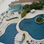 Piscinas, restaurante, playa (julio/agosto 2012) - A Canales