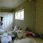 Upstairs Bathroom Fairway #3525