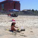 En la playa detrás del Hotel Corona Plaza