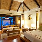 Seafront Pool Villa bedroom