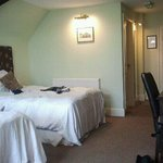 dudley suite two double beds :-)
