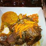 souris d'agneau semoule de couscous épicé légumes fondants