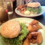 lonestar burger and København burger