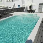 Hera Pool
