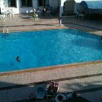 piscina ripresa dalla mia camera, 413