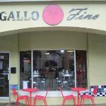 Front of Gallo Fino