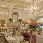 Cloister Georgian Room Dining