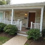 Oxford Unit - Front porch with rockers!