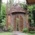 Balinese portal