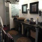 Salle de bain Taurus avec douche à l'italienne