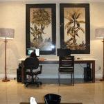 Lobby e computadores