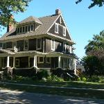 Brown's Manor Bed and Breakfast Foto