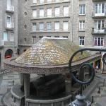 Piazzetta dove si trova l'Hotel