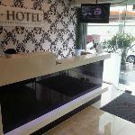 Front Desk@i-Hotel, Jalan Maharajalela