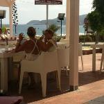 Buena Onda Cafe. Vista al mar.