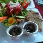 duo de tapenade et anchoïade aux légumes croquants