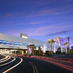 Exterior shot of the Seminole Hard Rock Hotel & Casino Tampa