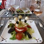 Delicious Tomato Mozzarella Salad