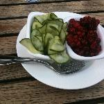 pickled cucumber, lingonberry (comes with meatballs)