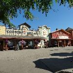 Shops - Davison Orchards