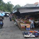 fruit market was 4 -5 minutes walk by