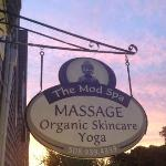 The Mod Spa is a quaint massage and yoga study on Martha's Vineyard. Come visit us!