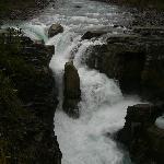 Sunwapta Upper Falls