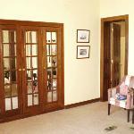 Macro armario y puerta baño
