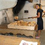 La sortie du pain après cuisson