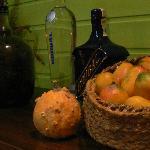 Bodegón de mangos frescos