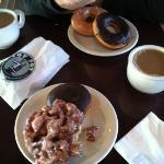 ภาพถ่ายของ Top Pot Coffee & Doughnuts - Capitol Hill