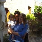 Llum, Nunu und Laura
