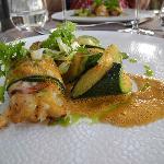 cigale de mer, courgettes rôties et sauce au cumin