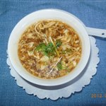 Hot and sour soup (サンラータン)