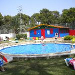 Kiddies pool, club and playground