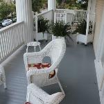 Second story shared veranda - Lavender and Magnolia Rooms