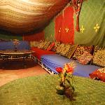Espace sous la tente berbère