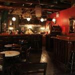 "Cafe Bar ""ANAMeLLA"""