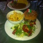 American Hamburger, fries & salad