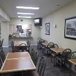 Salle à manger spacieuse où le wifi y fonctionnait très bien.