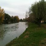 il Brenta dove prospetta la villa