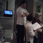 Chef Pascal Jolly, presente no salão do restaurante.