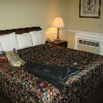 le lit et le magnifique couvre lit !