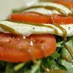 Caprese Arugula Salad