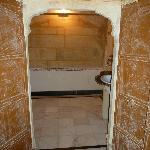 Bath in the Rajasthani room, great wood doors!