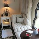 Chaise longue in king room