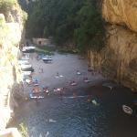 Fiordo di Furore visto dal cavalcavia per Amalfi prima che spunti il sole a mezzogiorno