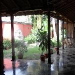 patio de la casa robleto