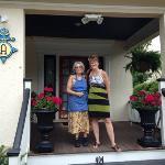 Betsy et Marie Josée, à l'entrée de l'Asbury Ocean Beach Inn